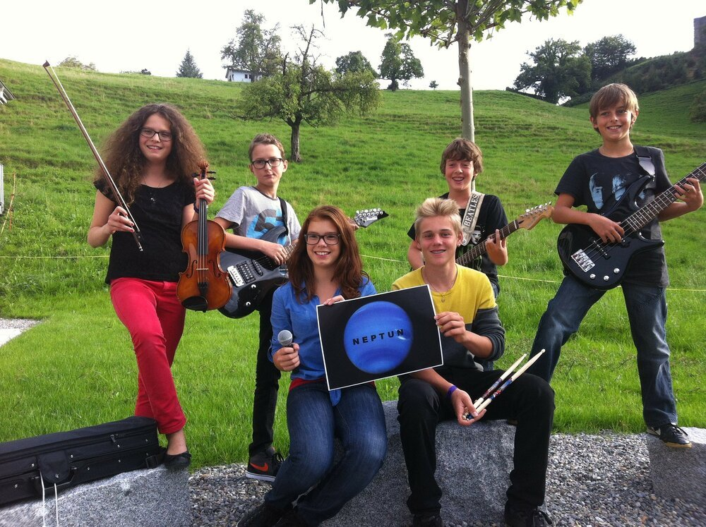 clubul de muzica al elevilor